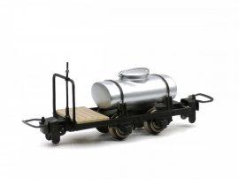 GVI Balatonfenyvesi tejszállító kocsi, fékes kivitel